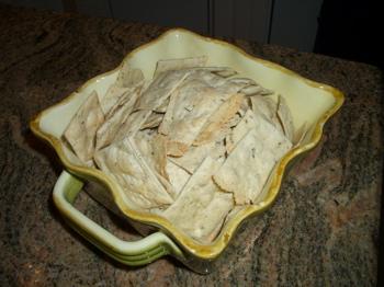 Becca's Herb de Provence Artsy Crackers